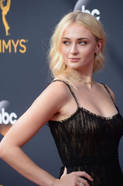 sophie-turner-at-68th-annual-primetime-emmy-awards-in-los-angeles-17